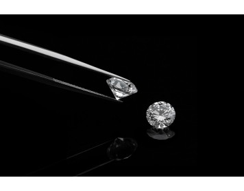 What are the properties of diamonds ?