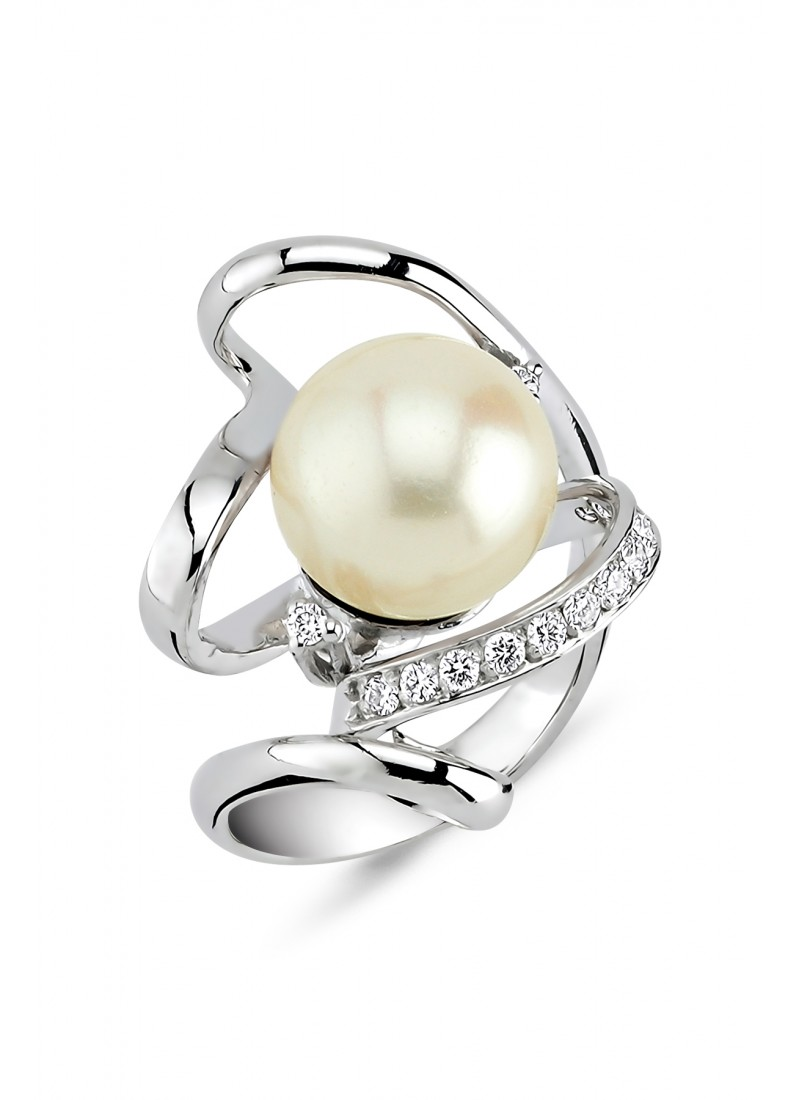 Pearl Ring - White Gold