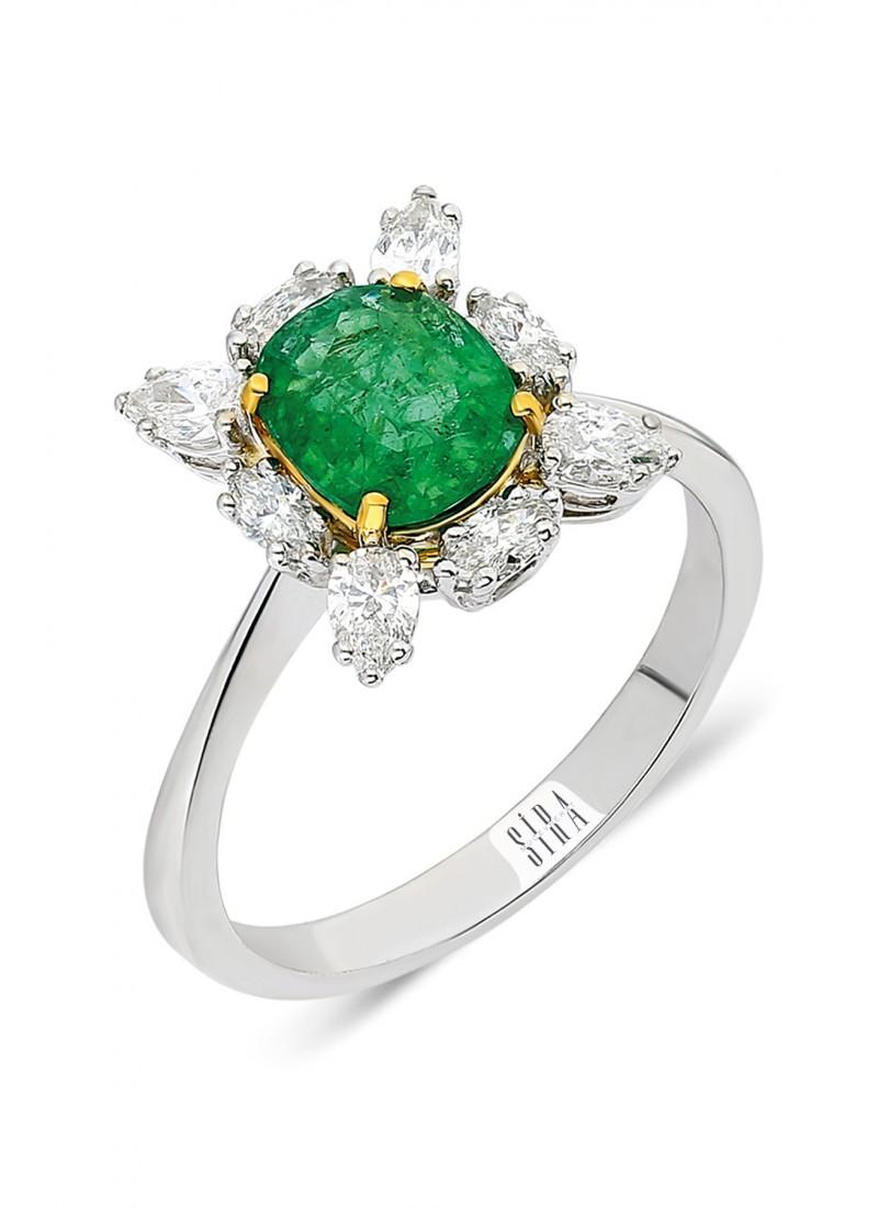 Emrald Ring - White Gold